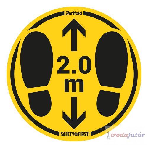 2 méter távolságtartást jelölő lábnyom piktogramos sárga-fekete padlómatrica sima felületre